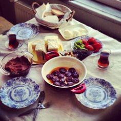 Turkish breakfast Turkish Breakfast, Cravings, French Toast, Ethnic Recipes, Food, My Wife, Essen, Meals, Yemek