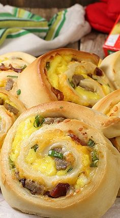 Cheesy Sausage Breakfast Pinwheels