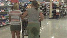 Mega Shopping, Shopping Stores, Epic Pictures, People Of Walmart, New Pant, Summer Days, Comics, Hot, Pants