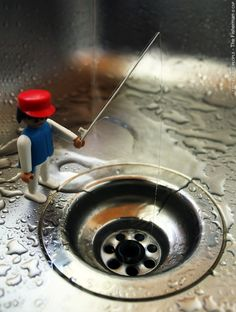 Sabrina Fernandez ¨I see plastic people: The Fisherman¨ ★•☆•Teresa Restegui http://www.pinterest.com/teretegui/•☆•★