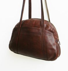 Vintage Leather Bowling Satchel by alchemievintage on Etsy, $64.00
