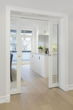 kitchen doors INTERIOR- The doors provide privacy and reduce noise between premises. If it comes to a smaller space, sliding doors are suitable option, because the opening and closing ta Küchen Design, Design Case, Interior Design, Design Ideas, Interior Ideas, Kitchen Doors, Kitchen Flooring, Closed Kitchen, Dorm Kitchen