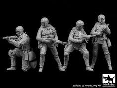 Black-Dog-1-35-United-States-Navy-SEALs-Big-Set-4-Figures-F35113