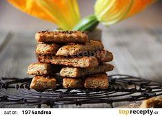Slané cuketové tyčinky s česnekem recept - TopRecepty.cz Sausage, Almond, Appetizers, Meat, Baking, Breakfast, Food, Morning Coffee, Sausages