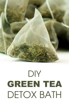 Green Tea Detox Bath Make your own detox bath to rid body of toxins that accumulate over the day.Make your own detox bath to rid body of toxins that accumulate over the day. Green Tea Bath, Green Tea Detox, Bath Tea, Green Teas, Bath Recipes, Detox Recipes, Tea Recipes, Kefir, Detox Bad