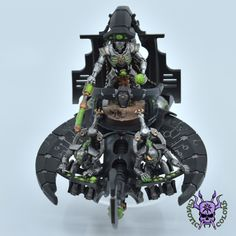 Necrons - Command Barge #ChaoticColors #commissionpainting #paintingcommission #painting #miniatures #paintingminiatures #wargaming #Miniaturepainting #Tabletopgames #Wargaming #Scalemodel #Miniatures #art #creative #photooftheday #hobby #paintingwarhammer #Warhammerpainting #warhammer #wh #gamesworkshop #gw #Warhammer40k #Warhammer40000 #Wh40k #40K #heldrake #chaos #warhammerchaos #warhammer40k #zenos #Necrons #CommandBarge Warhammer 40000, Tabletop Games, Gw, Scale Models, Chandelier, Miniatures, Clock, Ceiling Lights, Creative