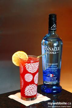 Strawberry Fields cocktail, make with original Pinnacle Vodka. It's inspired by the original cocktail at Kitchen Strawberry Drinks, Strawberry Fields, Strawberry Shortcake, Yummy Vodka Drinks, Alcoholic Drinks, Beverages, Cocktails, Vodka Fruit Punch, Cocktail
