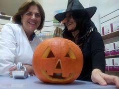 Halloween en Farmacia La Plazuela. Alcalá de Guadaíra