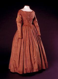 Day dress ca. 1840's From the Amsterdam Museum