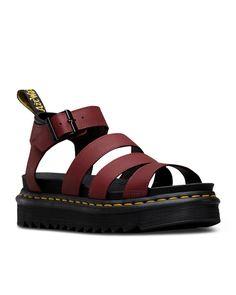 online retailer 010cf 3e771 10 of the Ugliest Effing Sandals We Have Ever Seen. Sandales  ÉpaissesSandales PlatesChaussures De FillesPorno
