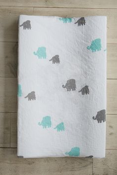 milkii Überzug für Wickelauflage, Elephants Baby Products, Baby Changing Tables, Elephants, Bamboo, Cotton, Babies Stuff