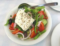 Ancient Greece Food The ancient Greek food was mainly influenced by the local crop and produce. Quick Paleo Meals, Healthy Recipes, Paleo Food, Ancient Greek Food, Ancient Greece, Greece Food, Greek Salad Recipes, Greek Dishes, Thinking Day