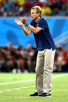Klinsmann's Khakis USA Coach of World Cup 2014 in Bazil Word Cup, Soccer Coaching, World Cup 2014, Khakis, Latest Fashion Trends, Football, American, Sports, Usa