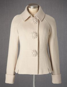 Winter Coat: love the Buttons!