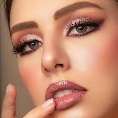 Eyeshadow Tips, How To Apply Eyeshadow, Makeup Eyeshadow, Applying Eyeshadow, Simple Eyeshadow, Natural Eyeshadow, Wedding Makeup Looks, Bridal Makeup, Prom Makeup