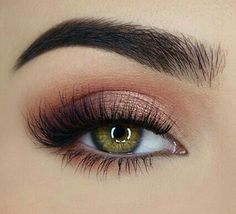 Peach Eye Palette Swooning over this peachy eye look miaumauve created using our Sweet Peach Eyeshadow Palette.Swooning over this peachy eye look miaumauve created using our Sweet Peach Eyeshadow Palette. Eye Makeup Tips, Makeup Goals, Skin Makeup, Makeup Inspo, Makeup Inspiration, Beauty Makeup, Beauty Tips, Makeup Ideas, Beauty Hacks
