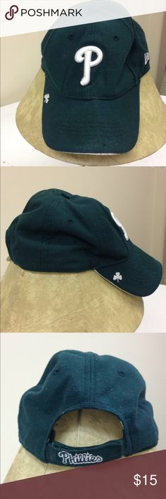 🌴NEW LISTING🌴 New Era Phillies St Patrick Cap Green with white stitching. Adjustable. One size fits all. New Era Accessories Hats