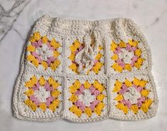 Crochet Skirt Pattern, Granny Square Crochet Pattern, Crochet Squares, Double Crochet, Crochet Patterns, Granny Squares, Crochet Ideas, Crochet Home, Cute Crochet