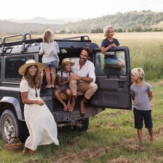 Courtney Adamo about travelling aroud the world with her family @courtneyadamo www.ladnebebe.pl