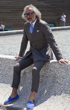 4x2 DB suit with espadrilles