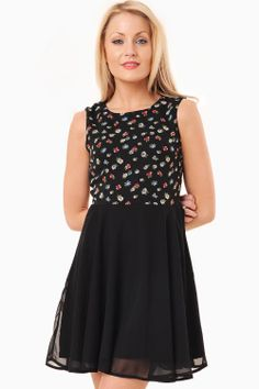 This gorgeous two in one chiffon skater is perfect for those summer party occasions. Cute and sophisticated, try glamming this girlie dress up even more with a pair of heels for that super sexy look. If heels are not your thing, opt for a cute little pair Overlay, Skater Skirt, Floral Tops, Dress Up, Chiffon, Pairs, Flats, Zip, Heels
