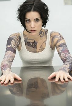 oh jaimie alexander ; — Jaimie Alexander in 'Blindspot' (x) Jaimie Alexander, Jaime Alexander Hair, Tattoo Girls, Girl Tattoos, Hippe Tattoos, Lady Sif, Sexy Tattoos, Inked Girls, Bob Hairstyles