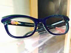 Oggi in #vetrina c'è #PATTYPAILLETTE!  Se cerchi #occhiali da vista e occhiali da sole non convenzionali a #pesaro e #montecchio...la risposta è #otticaventuri