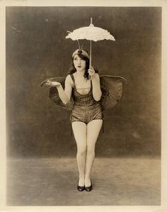 Ziegfeld Follie Dancer <3 1920's
