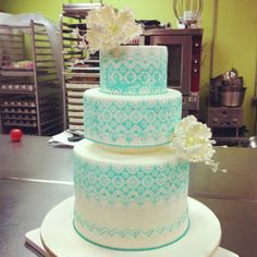 Stencil cake.  Fancy Cakes by Leslie