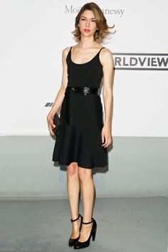 """The Anti-Magpie: Sofia Coppola In a lovely, simple Louis Vuitton number, Coppola remains one of our favorite champions of the """"do you"""" style."""