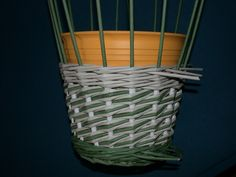 Weaving with rolled paper. Would love to try this!