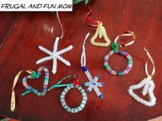 Homemade Christmas Ornaments with Beads! A Quick and Simple Kid's Craft! #Christmas