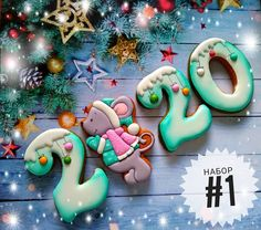 2020 Happy New Year Cookies to Your Beloved Person No Bake Sugar Cookies, Iced Cookies, Fun Cookies, Cupcake Cookies, Christmas Sugar Cookies, Christmas Sweets, Easter Cookies, New Years Cookies, Desserts With Biscuits