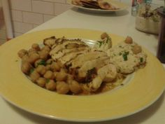 Guinea Fowl's breast with Libanese Hummus and Chick Beans