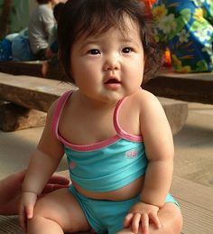 Cute-Japanese-Baby-Girl