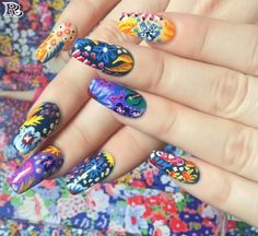Flowers Nail Art New Idea for Spring 2018 - Reny styles Flower Nail Designs, Nail Designs Spring, Gorgeous Nails, Pretty Nails, Petra, Nailart, Trendy Nail Art, Pastel Floral, Flower Nails