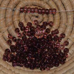 Lot 145 perles de rocaille - 14 gr - 4,5 mm - transparent améthyste