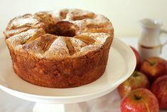עוגת תפוחים בחושה עם יין ( צילום: אסנת לסטר )