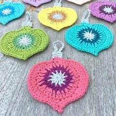 Crochet Patterns Christmas Cute Free Crochet Christmas Ornaments Patterns To Decorate Your Tree Crochet Christmas Decorations, Christmas Crochet Patterns, Crochet Christmas Ornaments, Holiday Crochet, Crochet Gifts, Christmas Crafts, Crochet Ornament Patterns, Christmas Bells, Felt Christmas