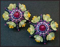 Kronleuchterjuwelen Glasperlenschmuck - Ohrringe mit gelben Blueten