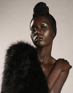 black women models with short hair Black Girl Magic, Black Girls, Art Afro, Dark Skin Beauty, African Beauty, African Fashion, Black Models, Brown Skin, Beautiful Black Women