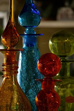 vintage crackle glass,possibly Fenton Genie Bottle, Bottle Art, Art Of Glass, My Glass, Bottles And Jars, Perfume Bottles, Colored Glass Bottles, Coloured Glass, Colored Vases