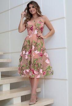 Inspiração 04   #madrinha #madrinhadecasamento #madrinhasdecasamento #vestidomadrinha#vestidomadrinhadecasamnro #vestidodefesta #vestidobordado #vestidodecotado #vestidolongo #vestidodenoiva #vestidodecasamento