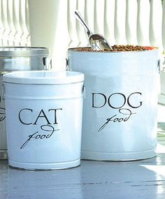 Keep your petu0027s food safe dry and fresh. Food ContainersPet Food ContainerStorage ...  sc 1 st  Pinterest & Buy Garden Trading Pet Food Storage Container | John Lewis | piggy ...