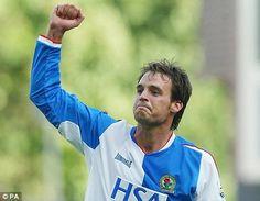 Matt Jansen Blackburn Rovers, Football Players, Graphic Sweatshirt, Sports, Kit, Hs Sports, Soccer Players, Sport