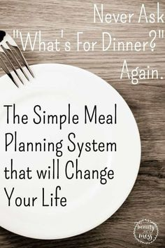Simple and Budget-Friendly Meal Planning List Printable The Simple Meal Planning System that WILL Change Your Life. I am no longer frustrated, stressed or wasteful. This method has saved my sanity and my budget. I am so happy to share it with all of you. Frugal Meals, Budget Meals, Easy Meals, Groceries Budget, Simple Meals, Inexpensive Meals, Cheap Dinners, Budget Recipes, Free Recipes