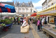 wednesday and saturday beaune market square main