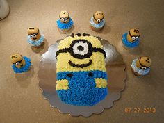 Despicable Me Cake for nan Minion Birthday, Minion Party, Boy Birthday, Birthday Parties, Birthday Ideas, Birthday Cakes, Despicable Me Cake, Cake Decorating Tips, Occasion Cakes