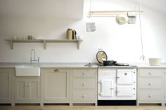 Find home projects from professionals for ideas & inspiration. The Kew Shaker Kitchen by deVOL by deVOL Kitchens | homify