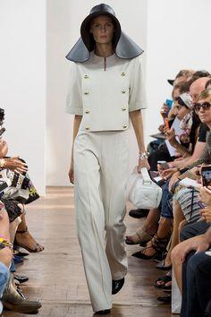 #lfw podyumlarında #ss2015 koleksiyonu ile J.W. Anderson blogda! #moda #stil #trend